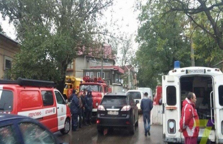 В Одесі обвалилася стіна житлового будинку. Є загиблі (ФОТО)