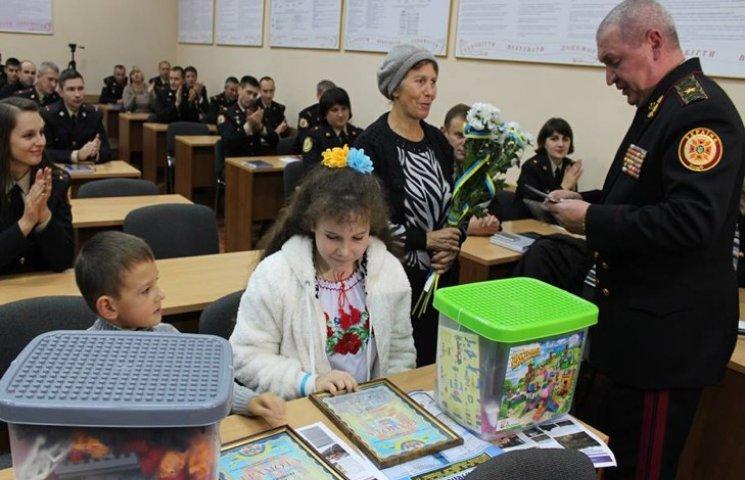 Юні герої-рятівники з Мацьковець отримали вітання від дипломованих рятувальників