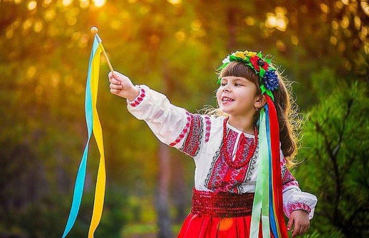 Як українці 14 жовтня по снігу визначали кількість весіль в наступному році