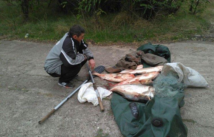 На Олександрівському та Ташлицькому водосховищай впіймали браконьєрів