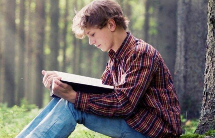 ТОП-9 українських книжок для підлітків, виданих у цьому році