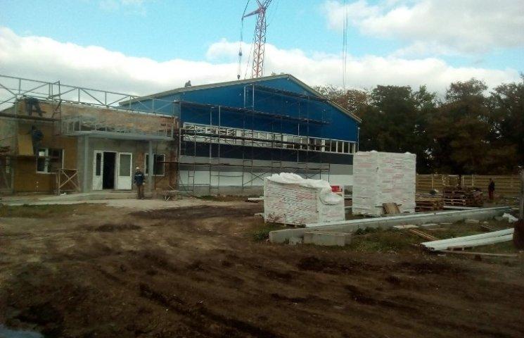 Стало відомо, коли завершать багаторічне будівництво фехтувальної школи у Миколаєві