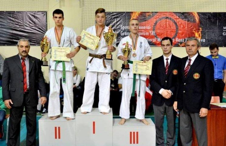 Миколаївські каратисти завоювали 15 медалей на міжнародному турнірі