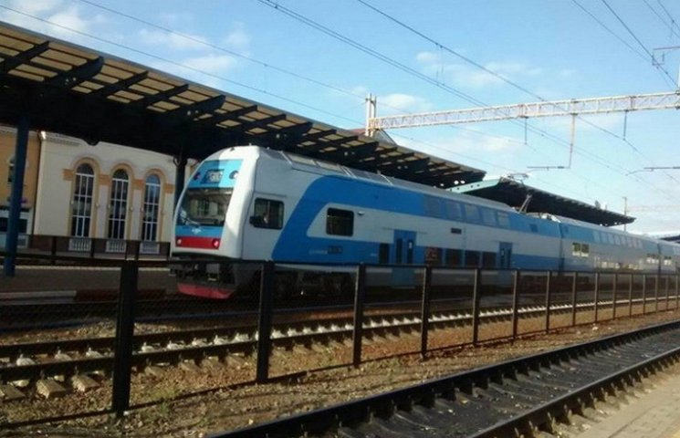 Вінницький вокзал вперше прийняв двоповерховий потяг