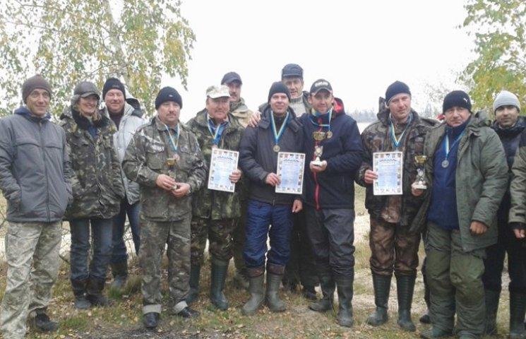 Рибалки-аматори в Нетішині вправлялися з лову хижої риби