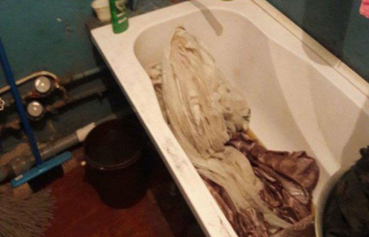 На Полтавщині дідуся розчленували і викинули у каналізацію