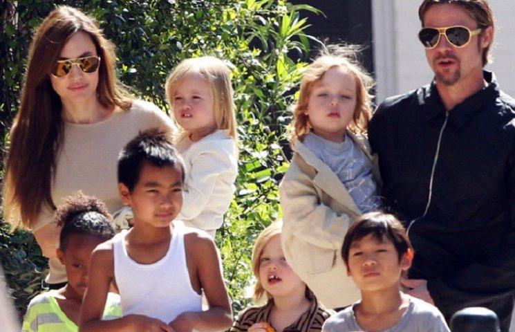 Бред Пітт відмовився від опіки над дітьми