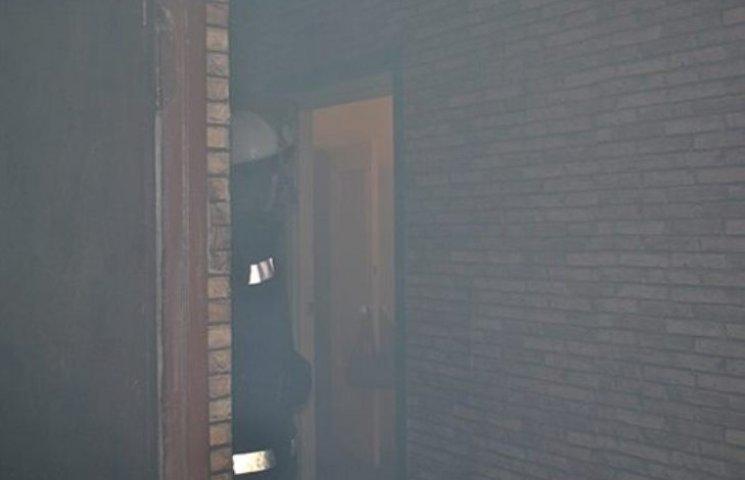 У Миколаєві господиня готувала їжу та ледь не спалила квартиру