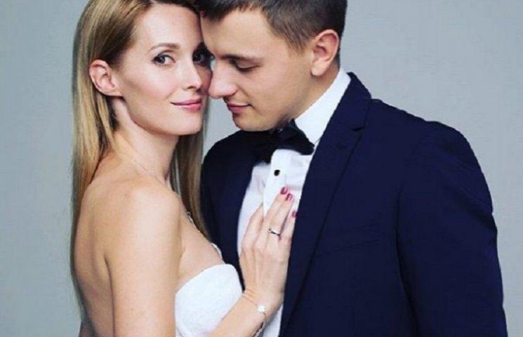 Переможниця Х-фактору вийшла заміж
