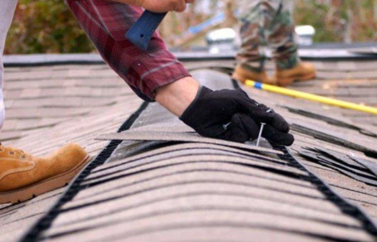 У Миколаєві Департамент ЖКГ заробив штраф через порушення в ремонті дахів