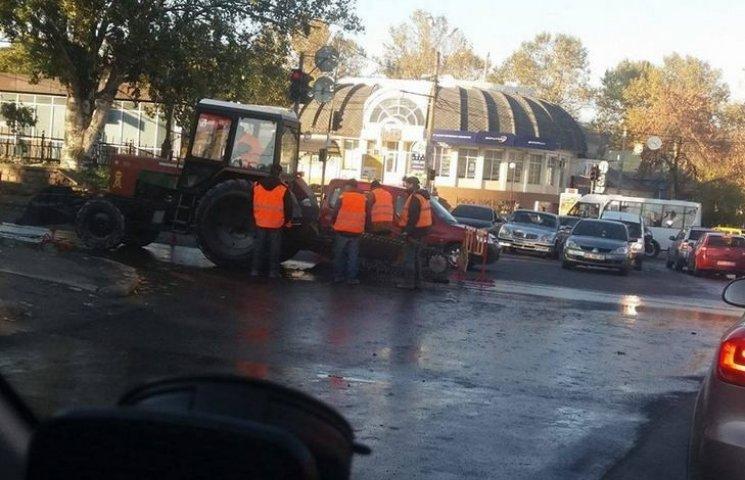 У центрі Миколаєва перекриють рух через аварію водомережі