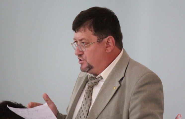 Славутський мер закледарував лише готівки в мільйон 250 тисяч гривень, правда в різній валюті