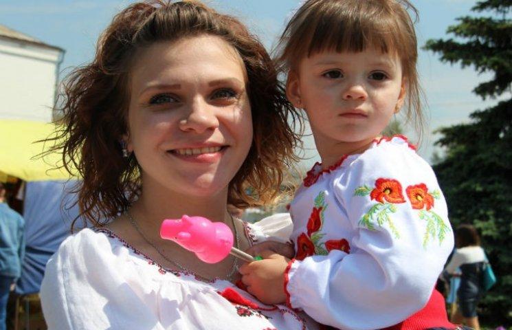 Полтавщина пропонує свою вишивку зробити етносимволом Євробачення-2017