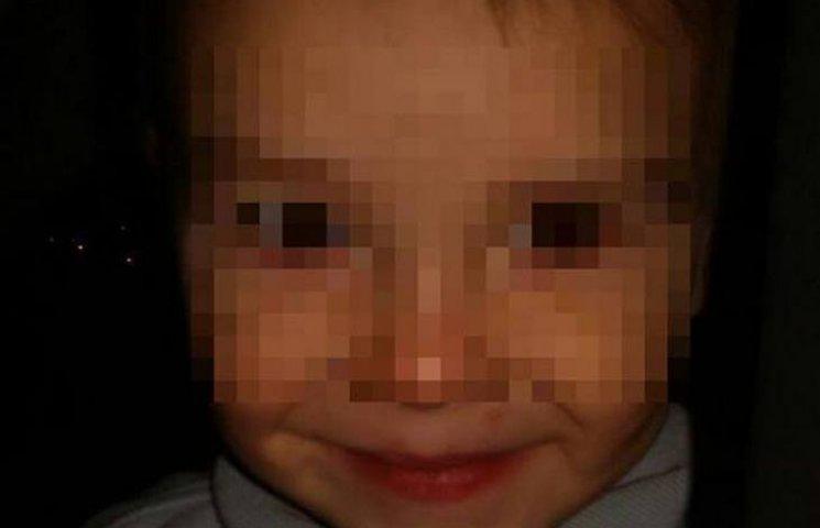 Маленький ребенок - раздетый и босый - сам ночью ходил по Виннице