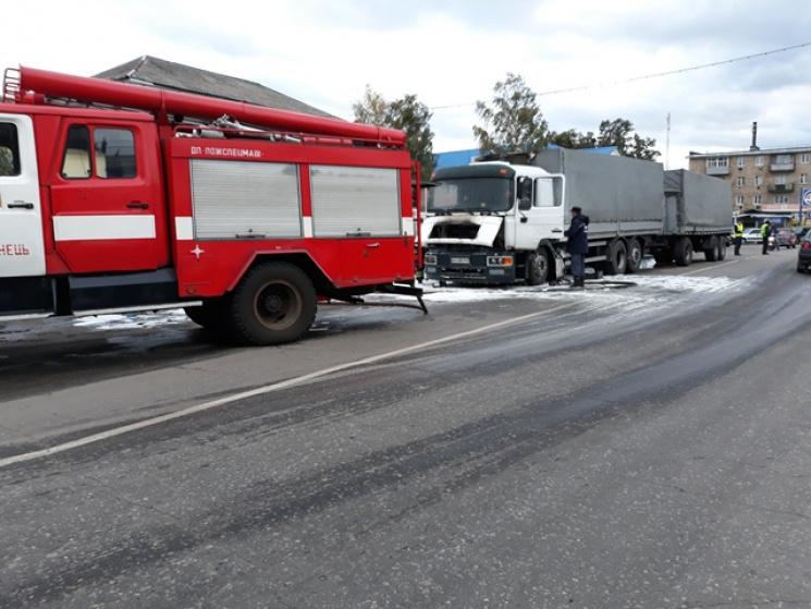 На Сумщині згоріла вантажівка…