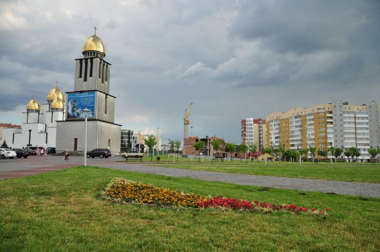 Як виглядає найбільший мікрорайон Львова з висоти пташиного польоту (ВІДЕО)
