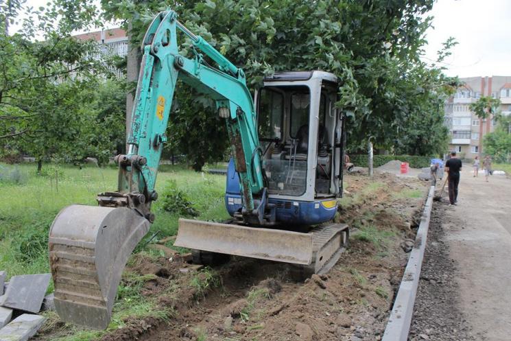 У Мукачеві проводитимуть менше земляних робіт