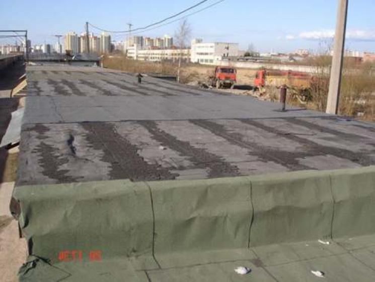 Хмельницький злодій через дах обікрав гараж