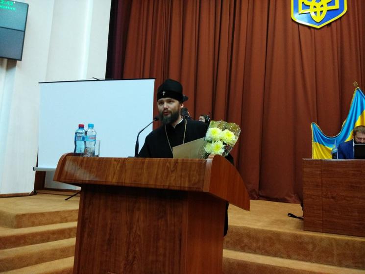 Депутати нагородили полтавських волонтерів за сумлінну діяльність