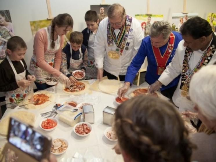У Дніпрі для дітей АТОвців іноземні шеф-кухарі провели майстер-клас