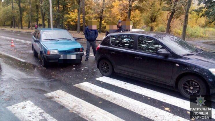 У Харкові водіям не вистачило проспекту, щоб роз'їхатися без аварії (ФОТО)