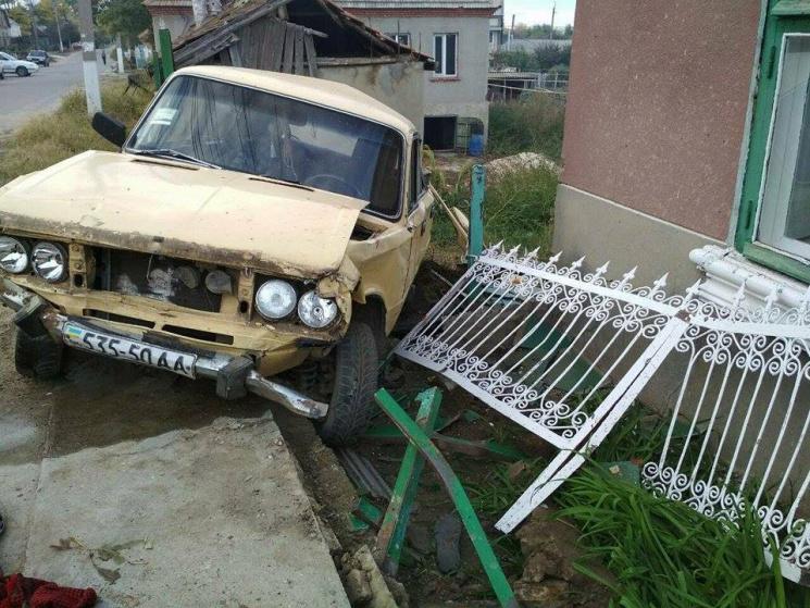 ВОдеській області п'яний водій ВАЗ наїхав натрьох пенсіонерок, жінки загинули