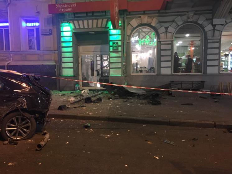 Кривава ДТП у Харкові: Джип задавив п'ятьох людей на тротуарі (ХРОНІКА)