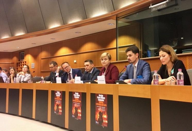 Украина разоблачила в Европарламенте преступления частных армий России