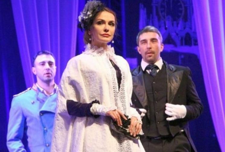 У Хмельницькому відмовили у гастролях театрам через російську мову