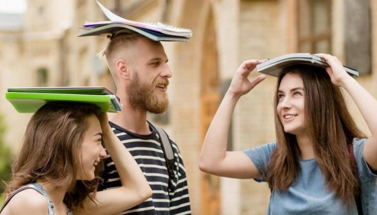 """Жити в Європі: Навіщо закарпатському студенту за кордоном """"айсик"""""""