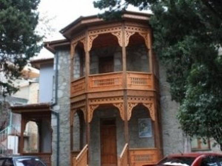 позволяет создать дом в котором жил амет хан фото косы