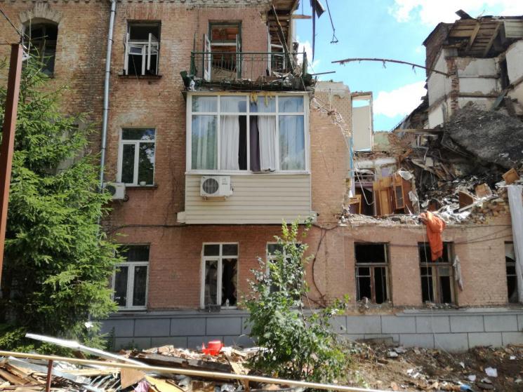 Жильцы 17 квартир разрушенного дома вГолосеево получат отКГГА 21 квартиру