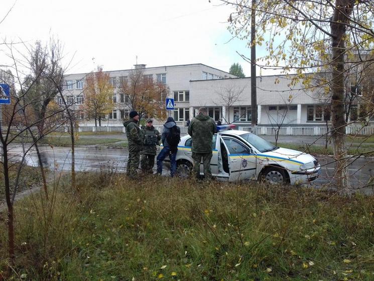 ВЛуганской области мужчина напал сножом наполицейских