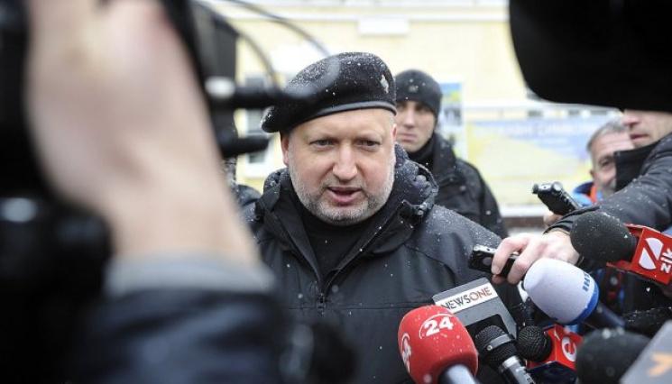 Геращенко: Слідство відпрацьовує дві версії вбивства Аміни Окуєвої