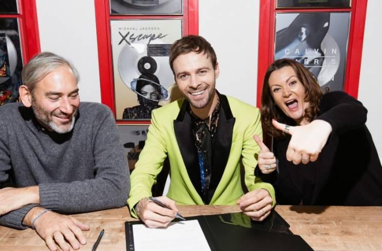 SONY MUSIC підписала контракт з відомим…