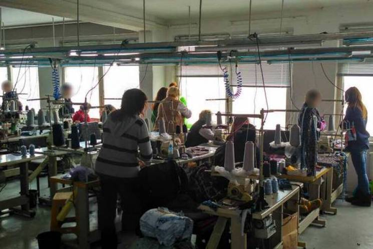 За нелегальних швей підприємець з Хмельниччини сплатить майже мільйон гривень штрафу
