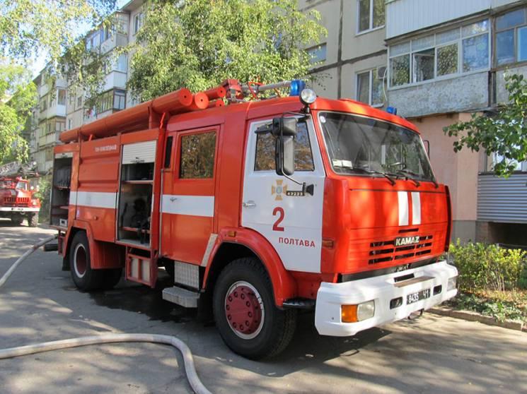 У Сумах 76-річна жінка ледь не загинула під час пожежі у власній квартирі