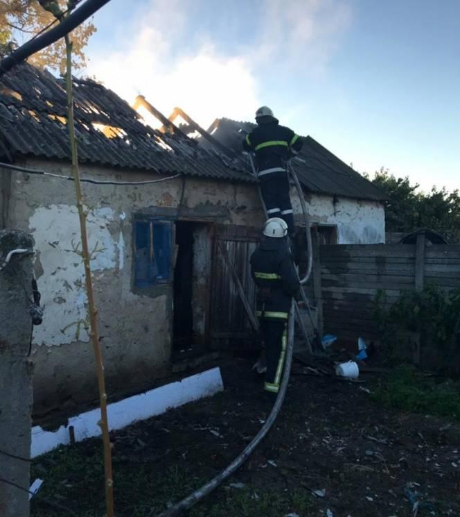 На Херсонщині вщент згорів сарай (ФОТО)