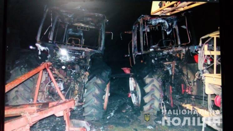 На території фермерського господарства на Тернопільщині підпалили сільгосптехніку