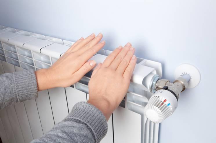 При +8°С: Гаряча вода у квартирах киян з'явиться разом з опаленням