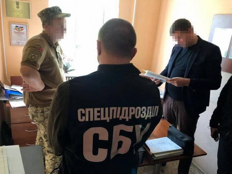 Військові спростували інформацію про те, що в Одесі на хабарі взяли офіцера військкомату