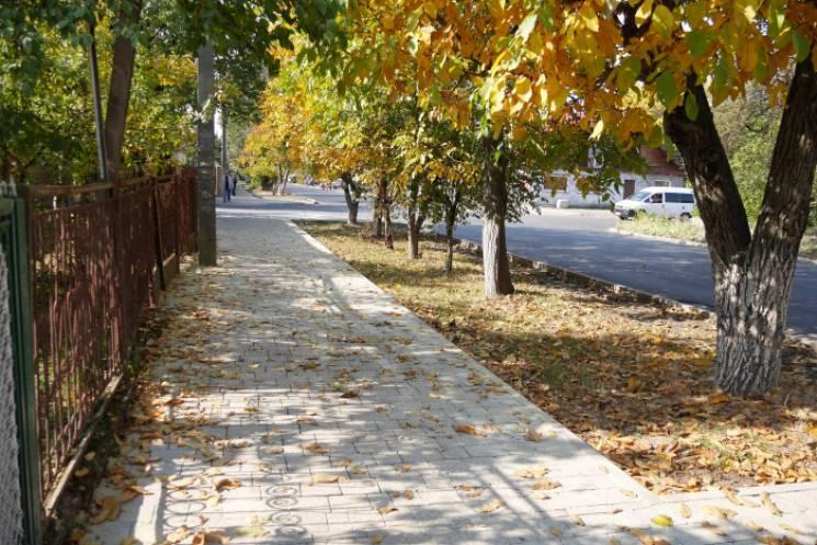 Відремонтована вулиця Заньковецької в Ужгороді поки приємно вражає (ФОТО)