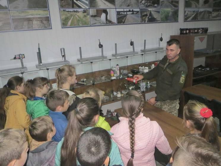 Мінери з Кам'янця відкрили двері для школярів (ФОТО)