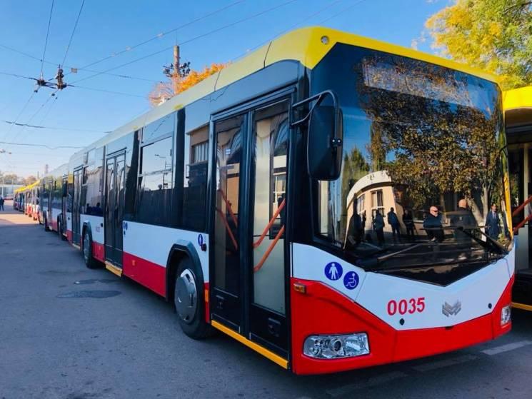 Одеса отримала 47 тролейбусів з Білорусі…