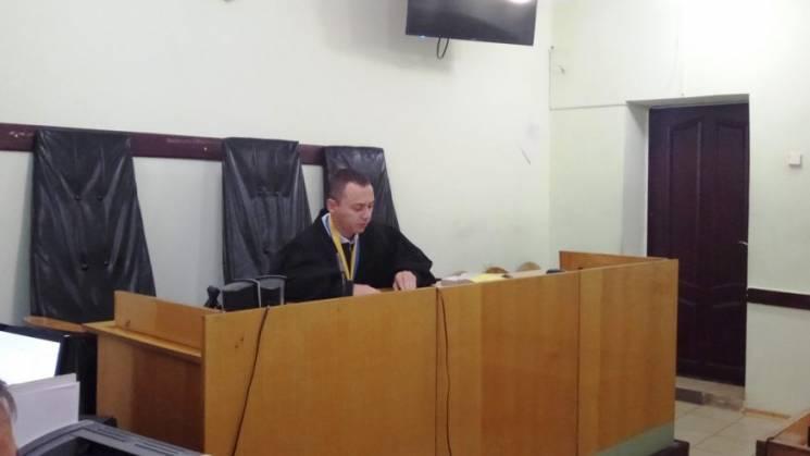 Депутат з Кропивницького, якого застукали на хабарі, визнав провину (ФОТО, ВІДЕО)