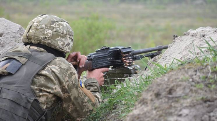 ООС: За добу жоден український військовий не загинув, а бойовики гатили біля Гнутового