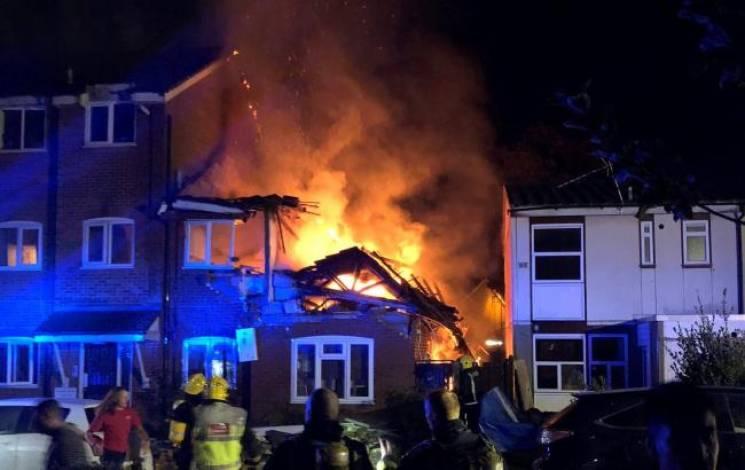 У Лондоні в повітря злетів будинок - є загиблі (ФОТО)