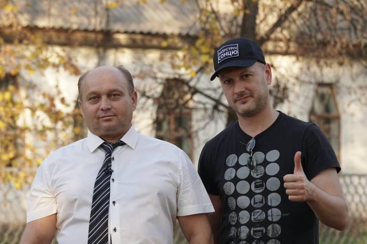 Як вчитель з Білогорілки купував будинки, рятуючи село