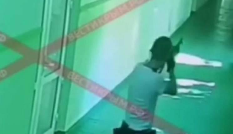 Show must go on: Навіщо росіянам показали, як Росляков розстрілює стіни в Керчі
