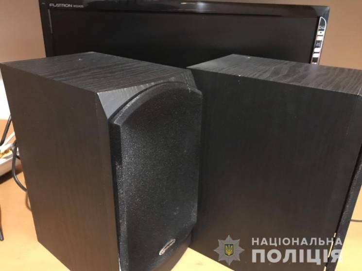 На Тячівщині поліція затримала двох крад…